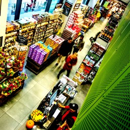 Supermarket with organic goods